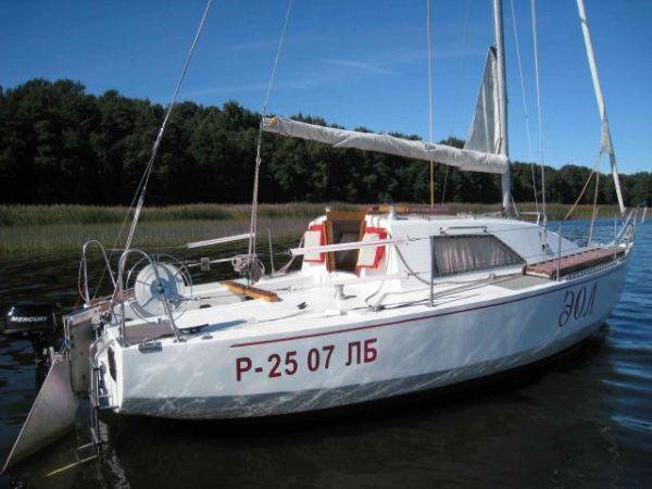 sankt-peterburg-parusnaya-yahta-les-22-eol_1176